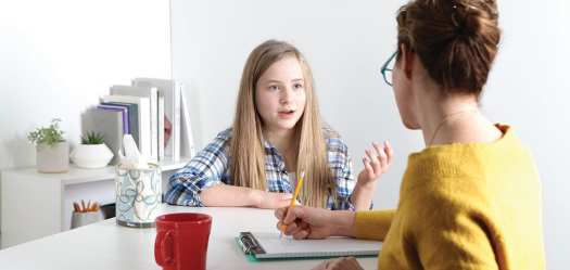 girl-therapist-counselor